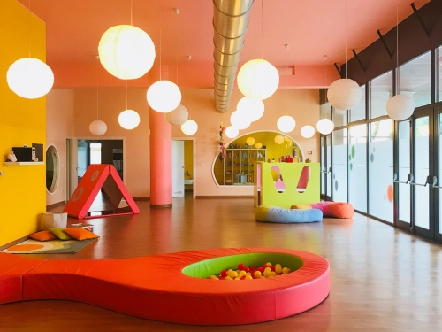 Tiny's International Nursery School nido e materna a Opera